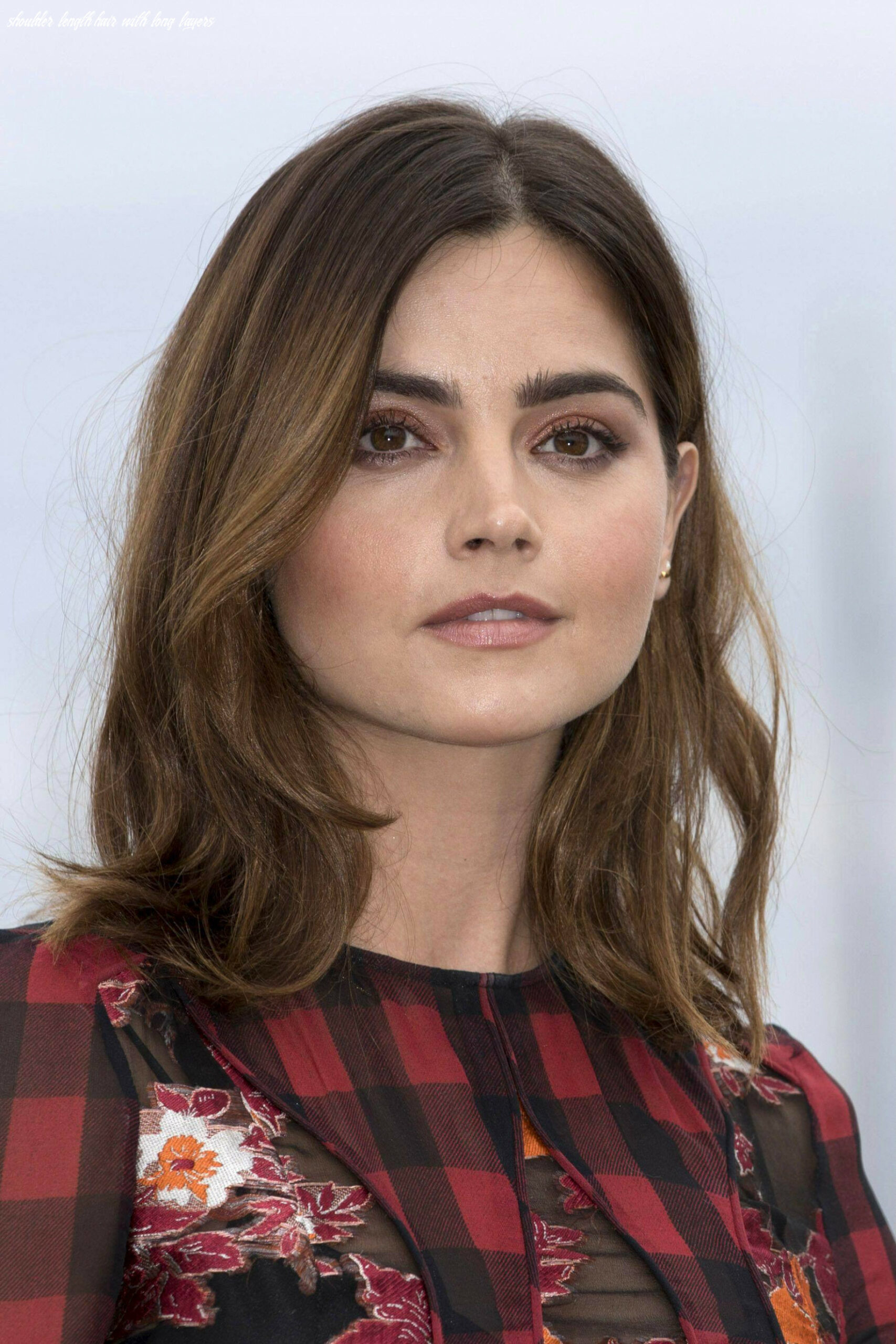 10 Best Shoulder-Length Layered Haircut Photos 10