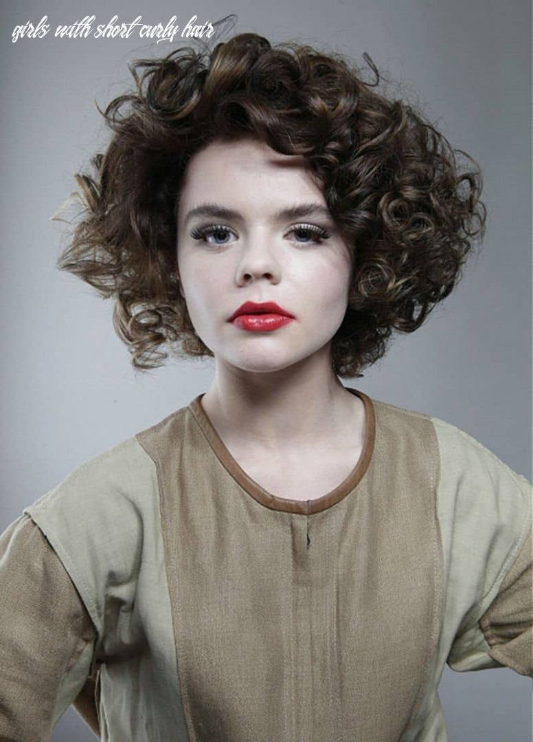 11 super cute short curly hairstyles for women – hairstylecamp girls with short curly hair