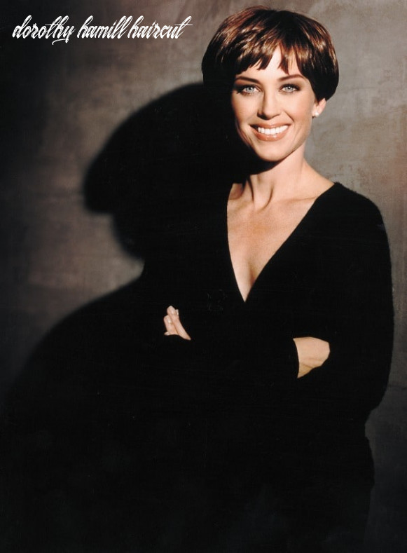 8 Best Dorothy Hamill Hairstyles for the Chic Mature Woman