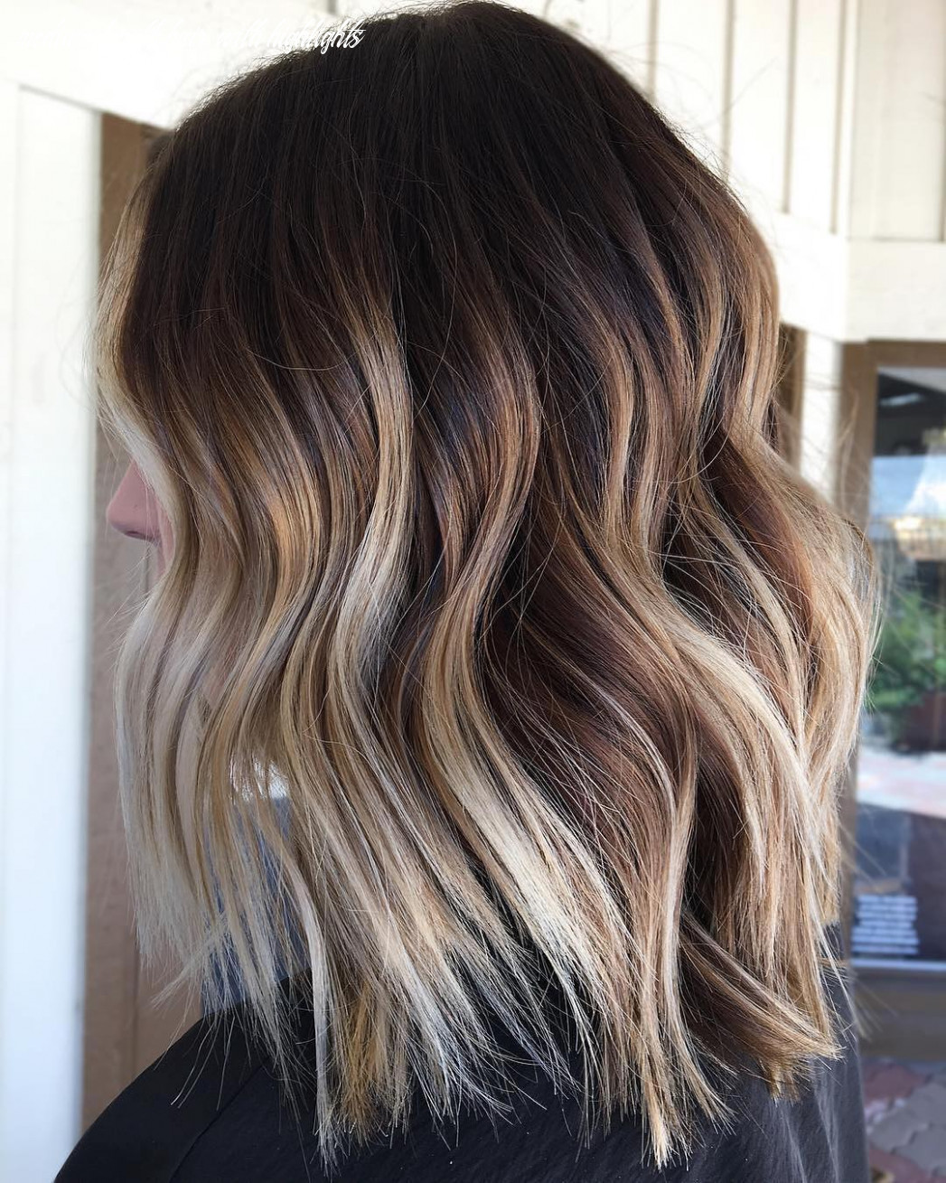 8 Trendy Brown Balayage Hairstyles for Medium-Length Hair 8