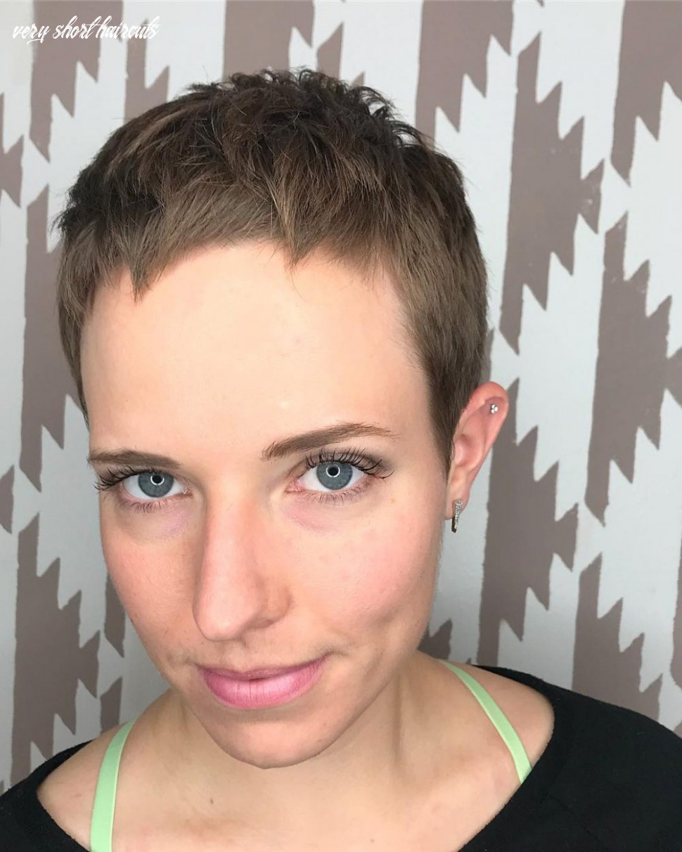 8 Very Short Haircuts for Women Trending in 8