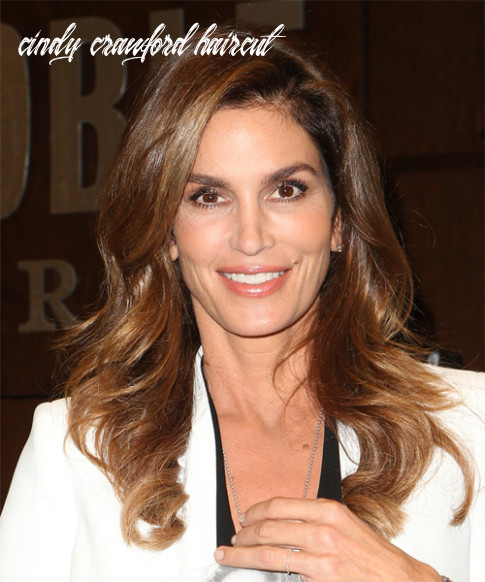 9 cindy crawford hairstyles, hair cuts and colors cindy crawford haircut