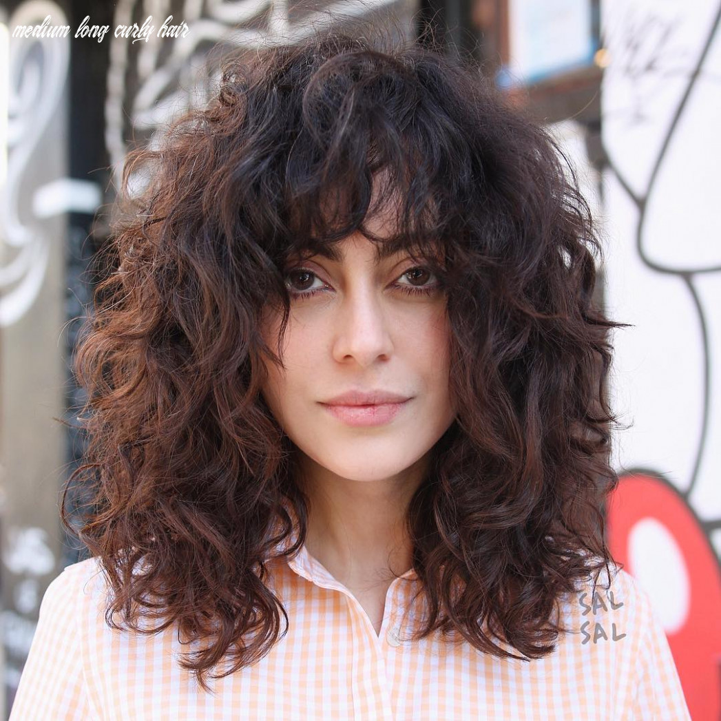 9 Natural Curly Hairstyles & Curly Hair Ideas to Try in 9 ...