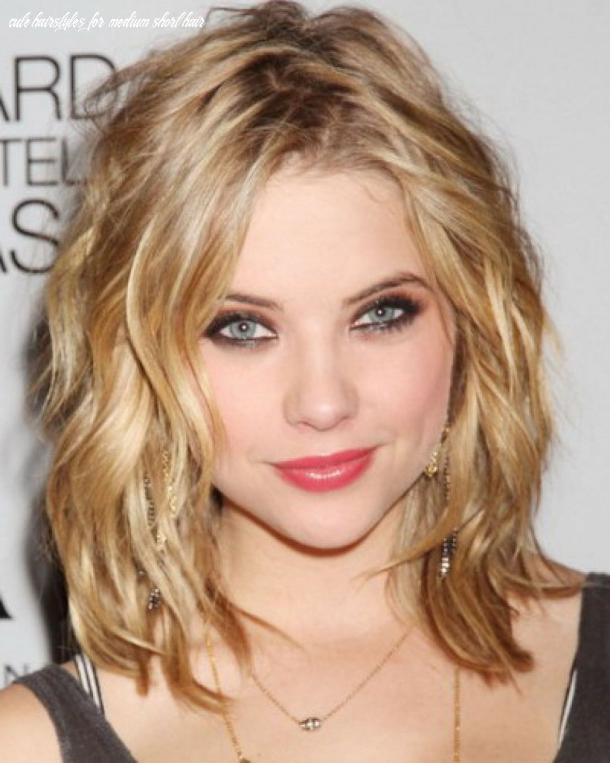 Beautiful Cute Hairstyles for Medium Length Hair Trends in 12