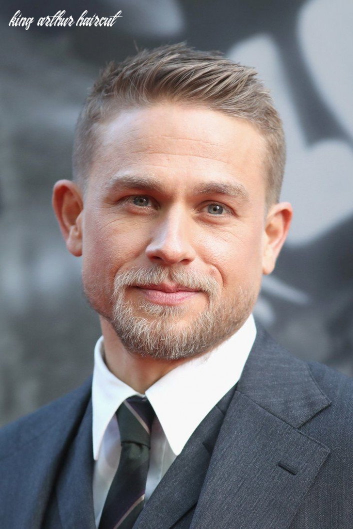 Charlie hunnam continues to look hot while promoting king arthur