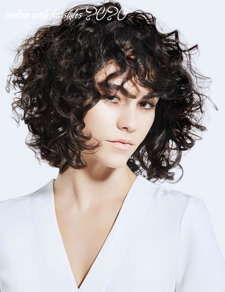 Curly hairstyles, haircuts and hair colors for women fashionre medium curly hairstyles 2020