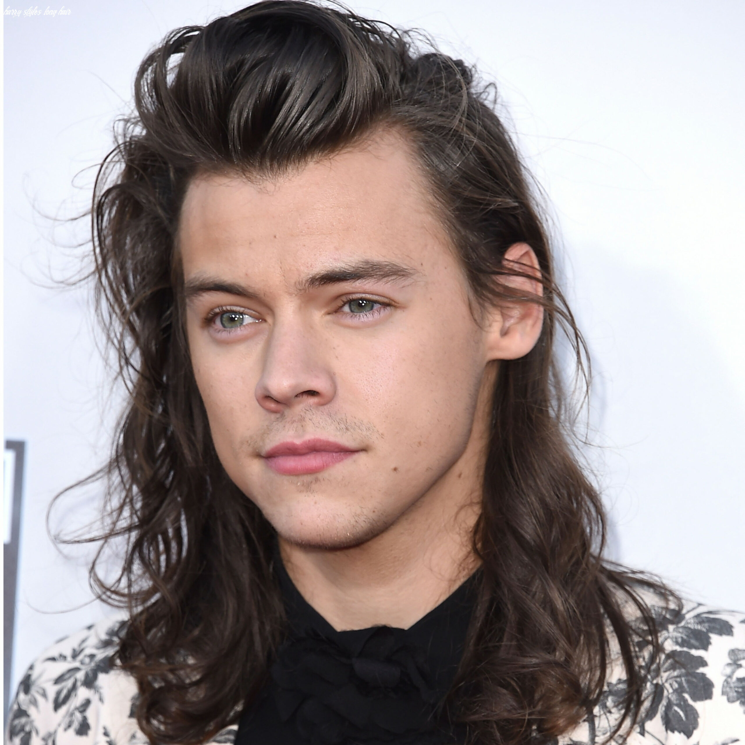 Every single harry styles haircut from 8 to 8 — photos | allure harry styles long hair