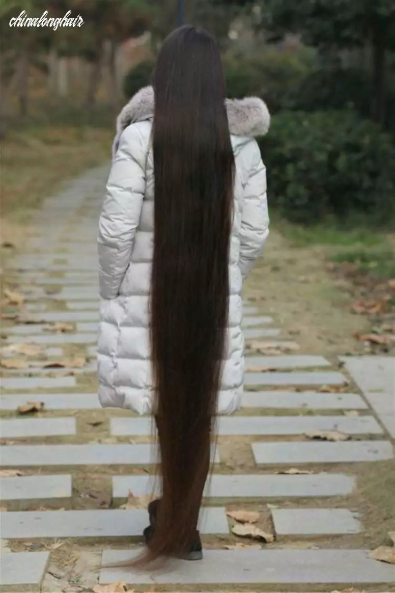 Floor length long hair in winter - [ChinaLongHair.com]