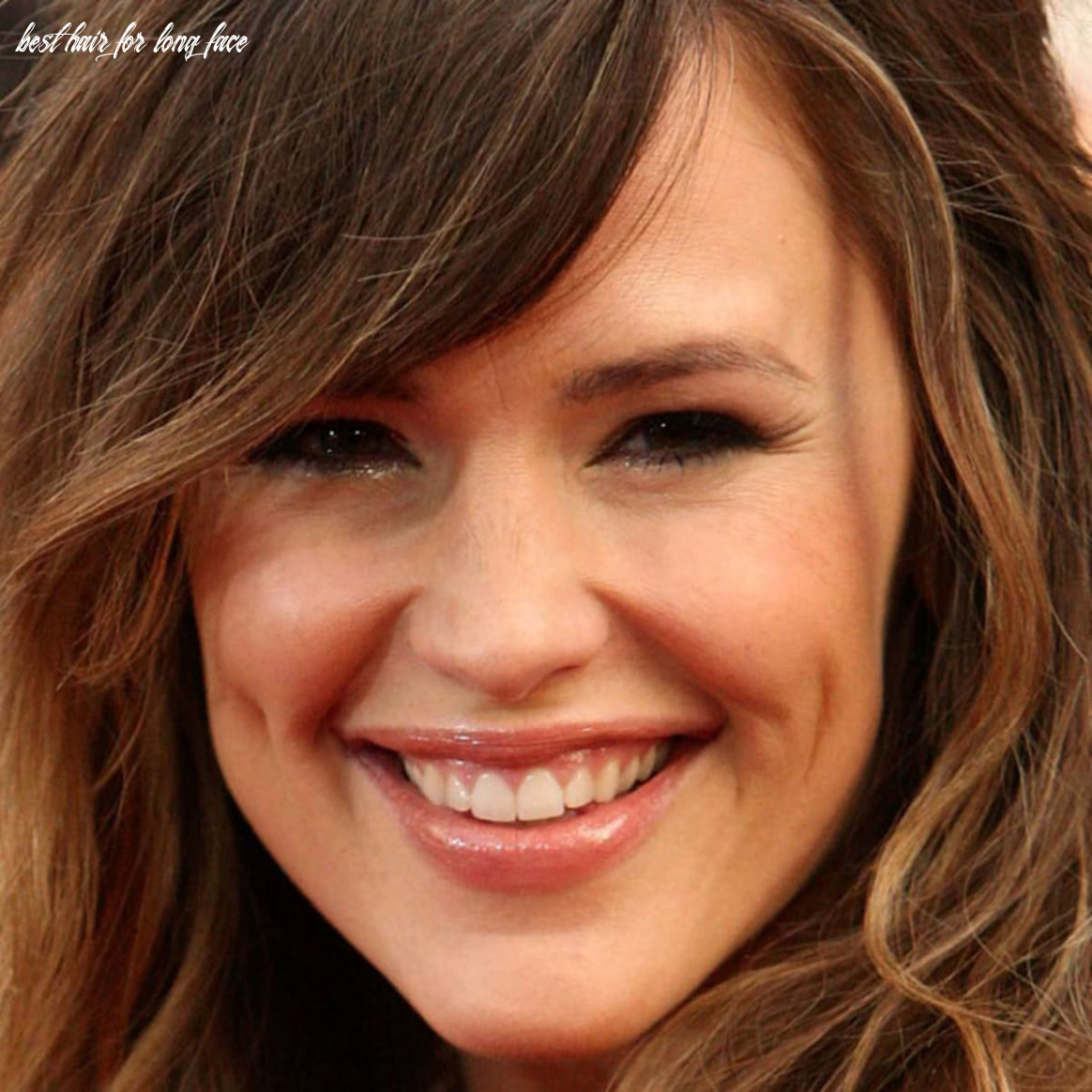 Hairstyles for long faces and curly hair: best cuts hairstylist
