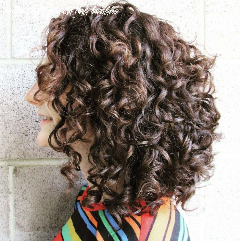 How to Style Naturally Curly Hair - LatestHairstylePedia.com