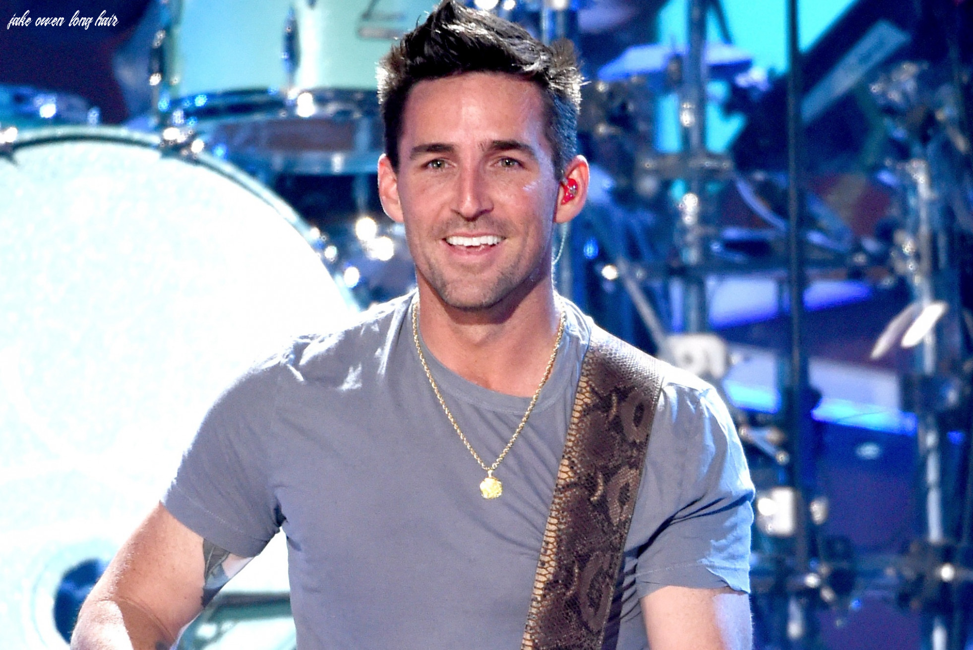 Jake Owen Divides Twitter After Announcing Plans To Grow His Hair ...