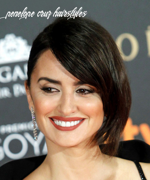 Penelope Cruz Hairstyles, Hair Cuts and Colors