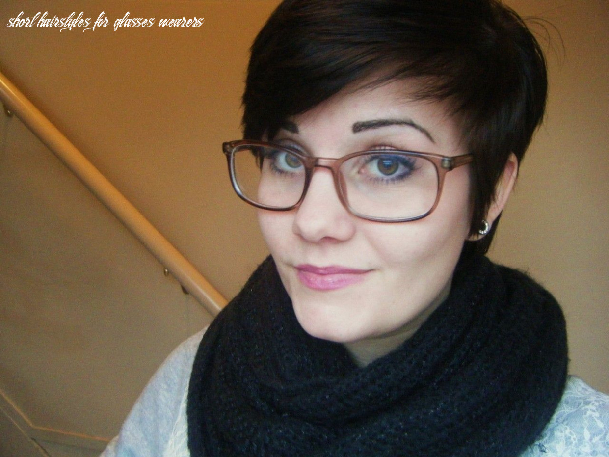 Pin on chop chop short hairstyles for glasses wearers