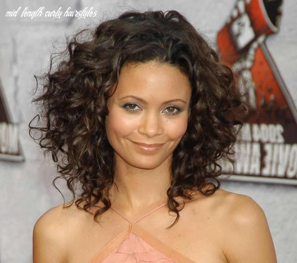 Pin on clothes,shoes,hairstyles,nails,makeup mid length curly hairstyles