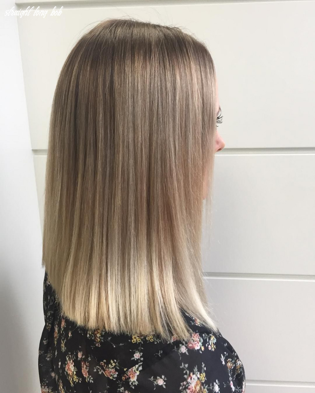Stick straight long bob with well blended blonde balayage | balayage straight long bob