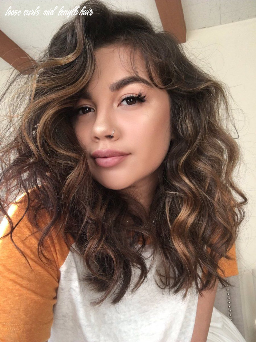 Twitter | curled hairstyles for medium hair, loose curls