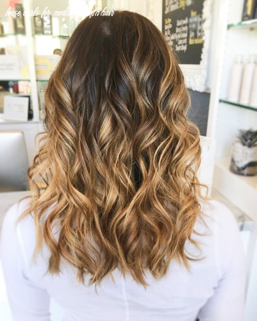We are all about these messy waves! | loose curls medium length