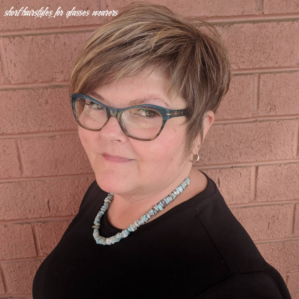 What are the best short hairstyles to wear with glasses? hair