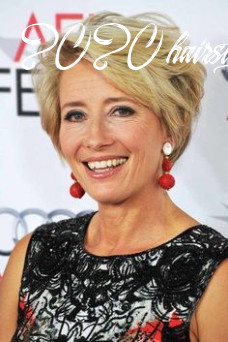 10 short hairstyles for women over 10 to every taste in 10