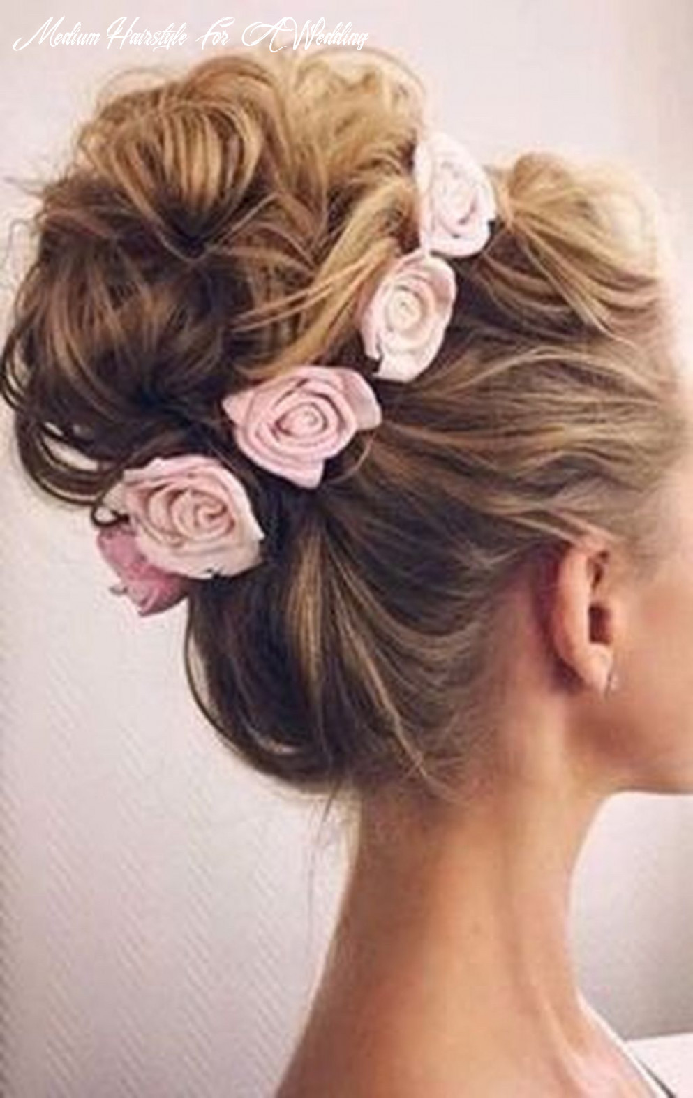 11 amazing wedding hairstyles for medium hair to makes you