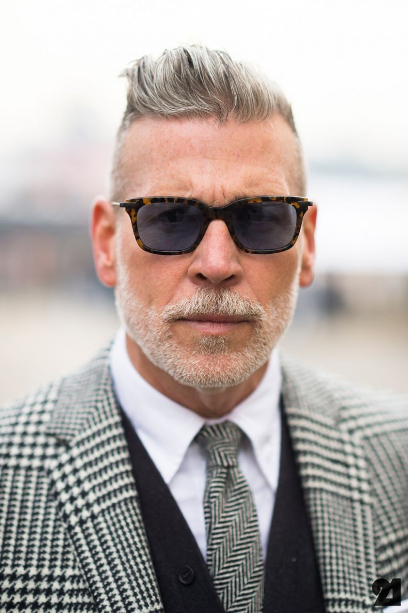 11 Best Grey Hairstyles & Haircuts For Men