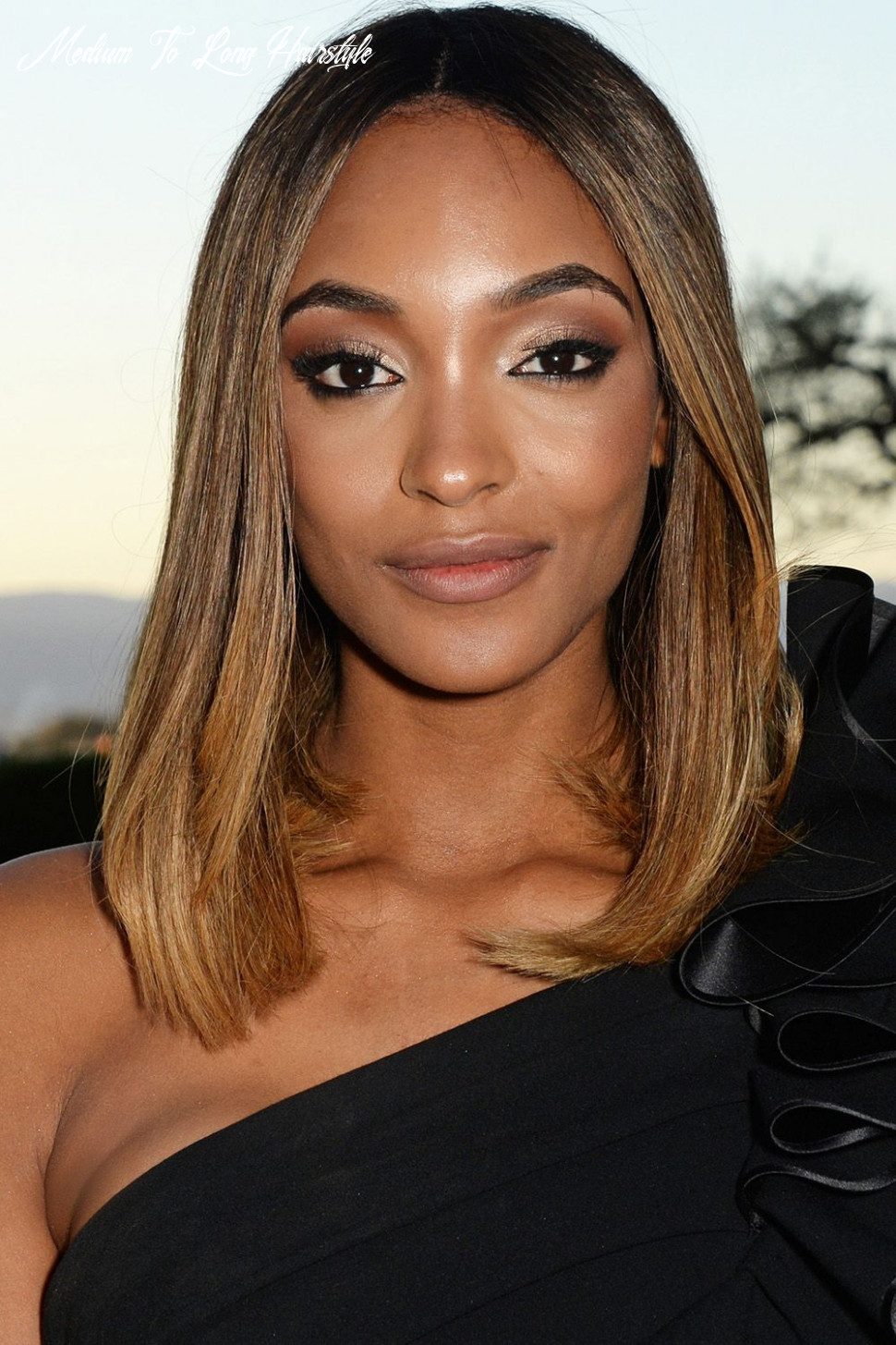 12 best medium hairstyles celebrities with shoulder length haircuts medium to long hairstyle