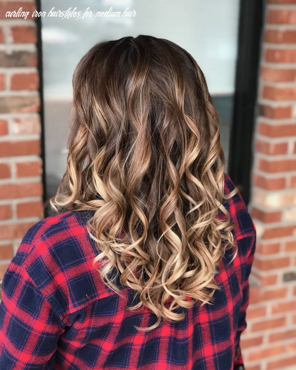 12 curled hairstyles tending in 12 so grab your hair curling wand! curling iron hairstyles for medium hair