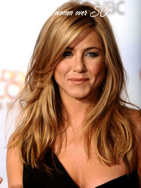 12+ Inspiring Hairstyles for Proud Women Over 12 (12)