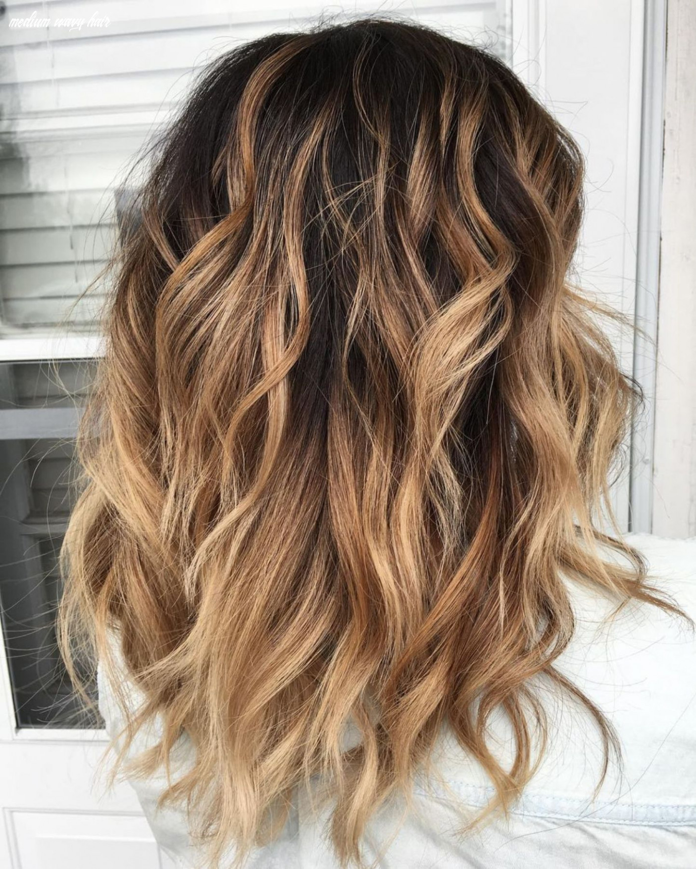 12 most magnetizing hairstyles for thick wavy hair | wavy haircuts