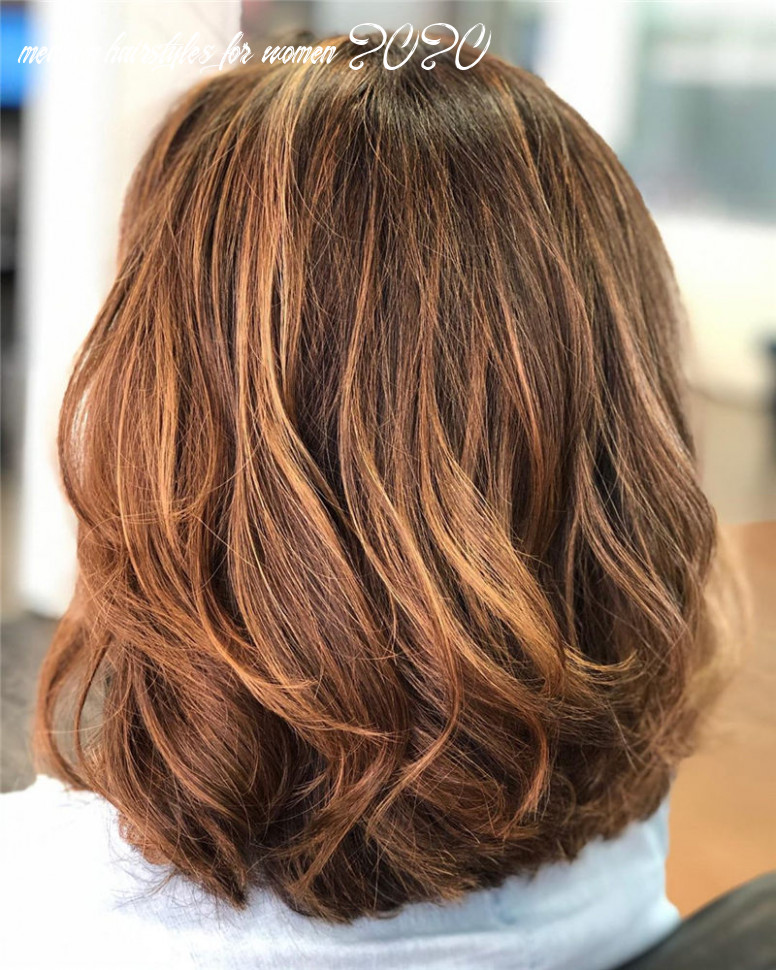 12 most trending medium haircuts for women 12 page 12 of 12