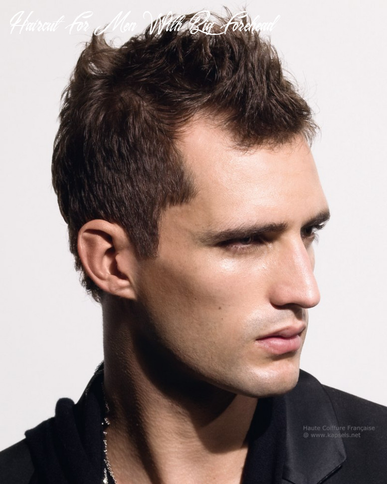 8 Best Men's Haircuts for a Big Forehead and a Round Face - Page ...