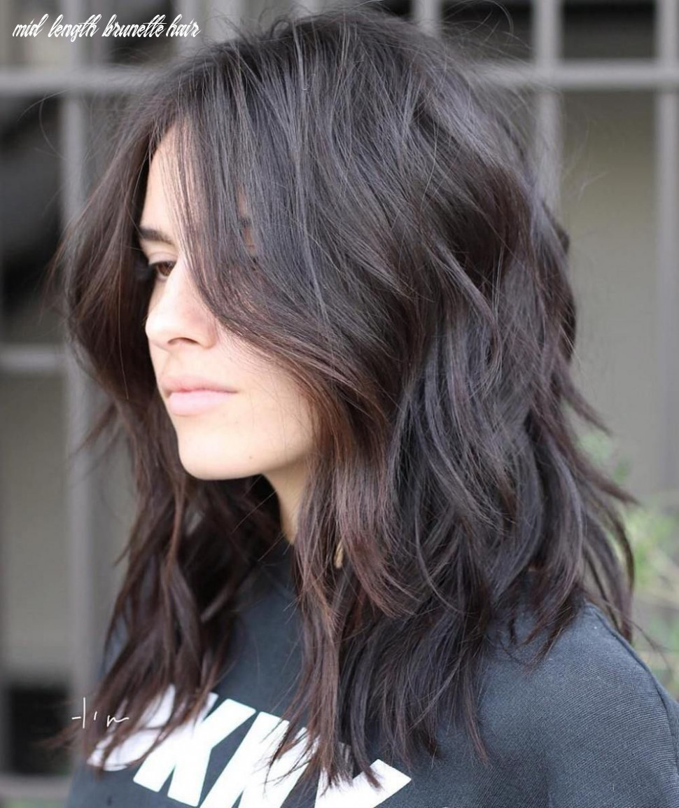 8 brightest medium layered haircuts to light you up   cabelo