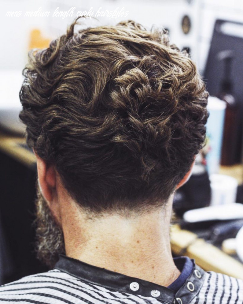 8+ Curly Hair Men's Haircuts + Hairstyle Ideas For Men (Ultimate ...