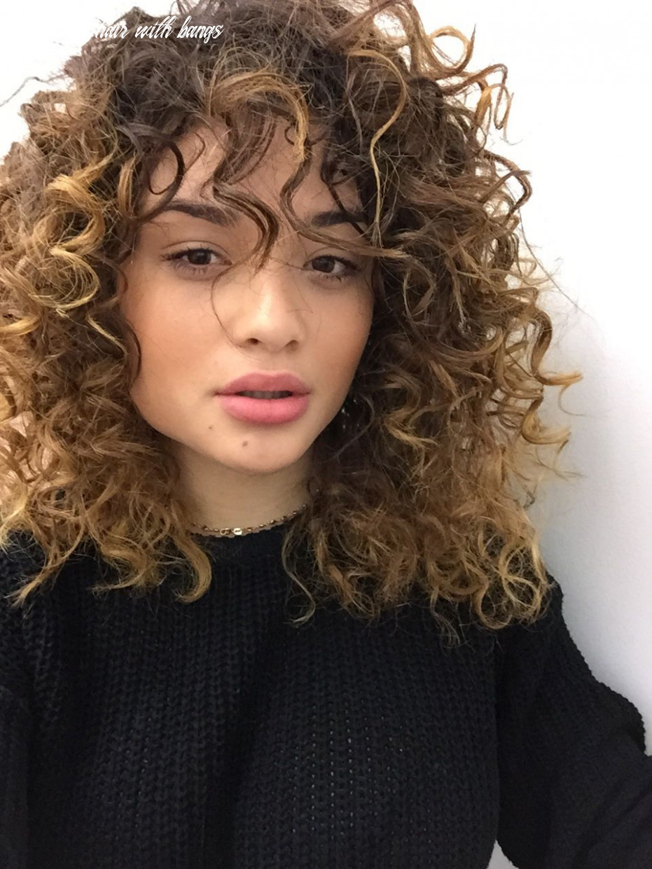 8 Cute & Trendy Curly Hairstyles With Bangs In 8