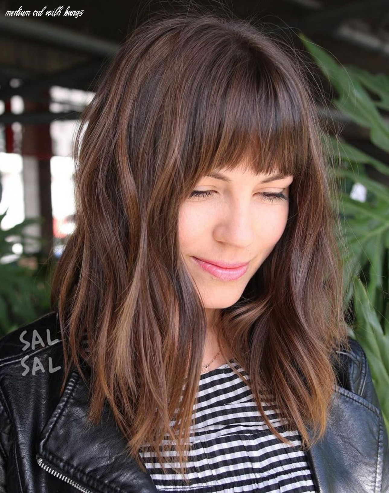 8 fun and flattering medium hairstyles for women | long face