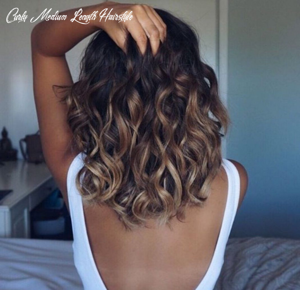8 glamorous mid length curly hairstyles for women | mid length