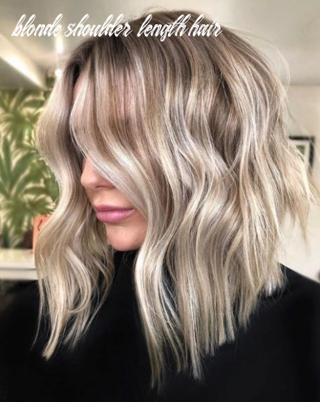 8 medium blonde hairstyles to show your stylist pronto | southern