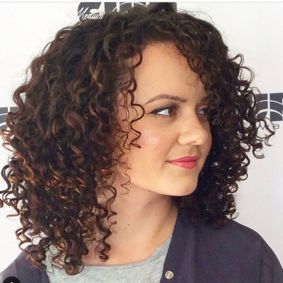 9 best shoulder length curly hair ideas (9 hairstyles
