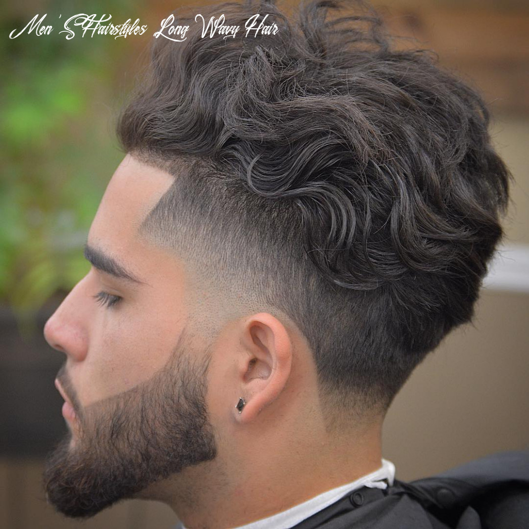 9 Cool Men's Haircuts For Wavy Hair (9 Update)