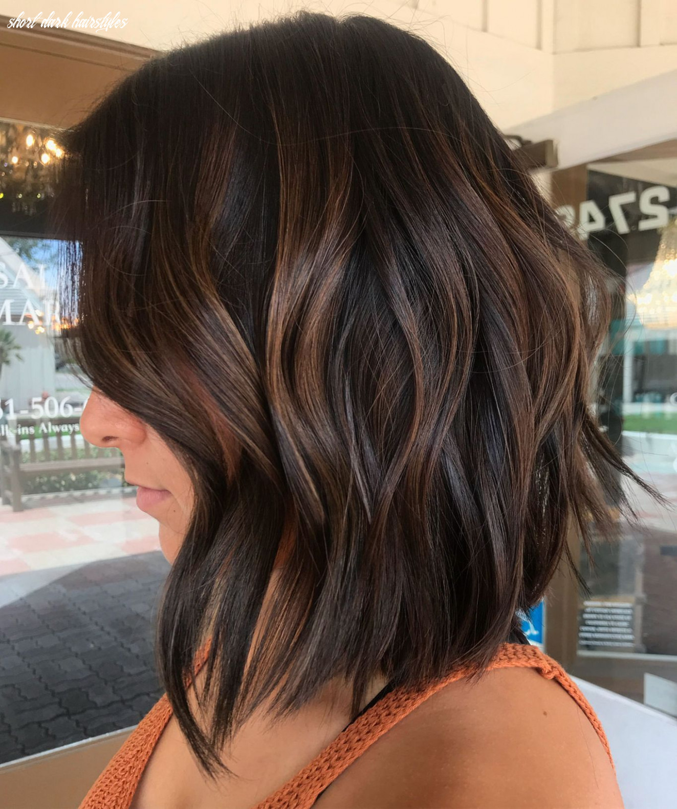 9 hairstyles featuring dark brown hair with highlights | short