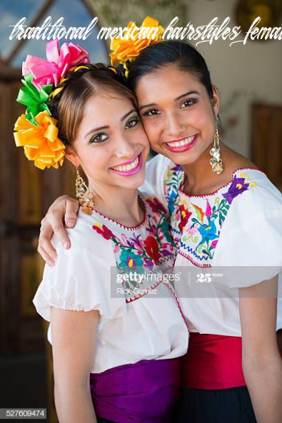 9 Traditional Mexican Hairstyles For Women Photos and Premium ...