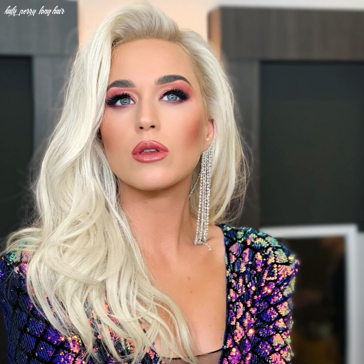 Beautiful katy perry blonde hairstyles that you will fall in love katy perry long hair