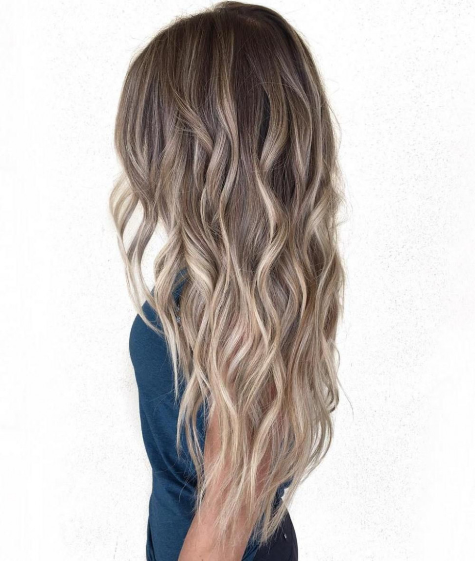 Chic and stylish hairstyles for long curly hair | frisuren