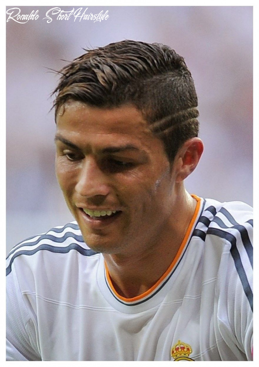Cristiano ronaldo look book lines haircut | cool hairstyles for