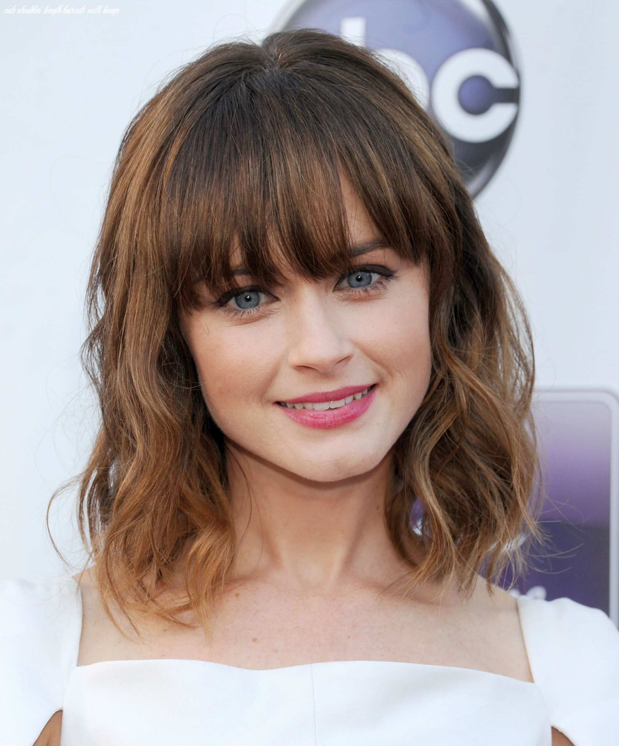 Cute straight hairstyles fringes 11 cute long layered haircuts