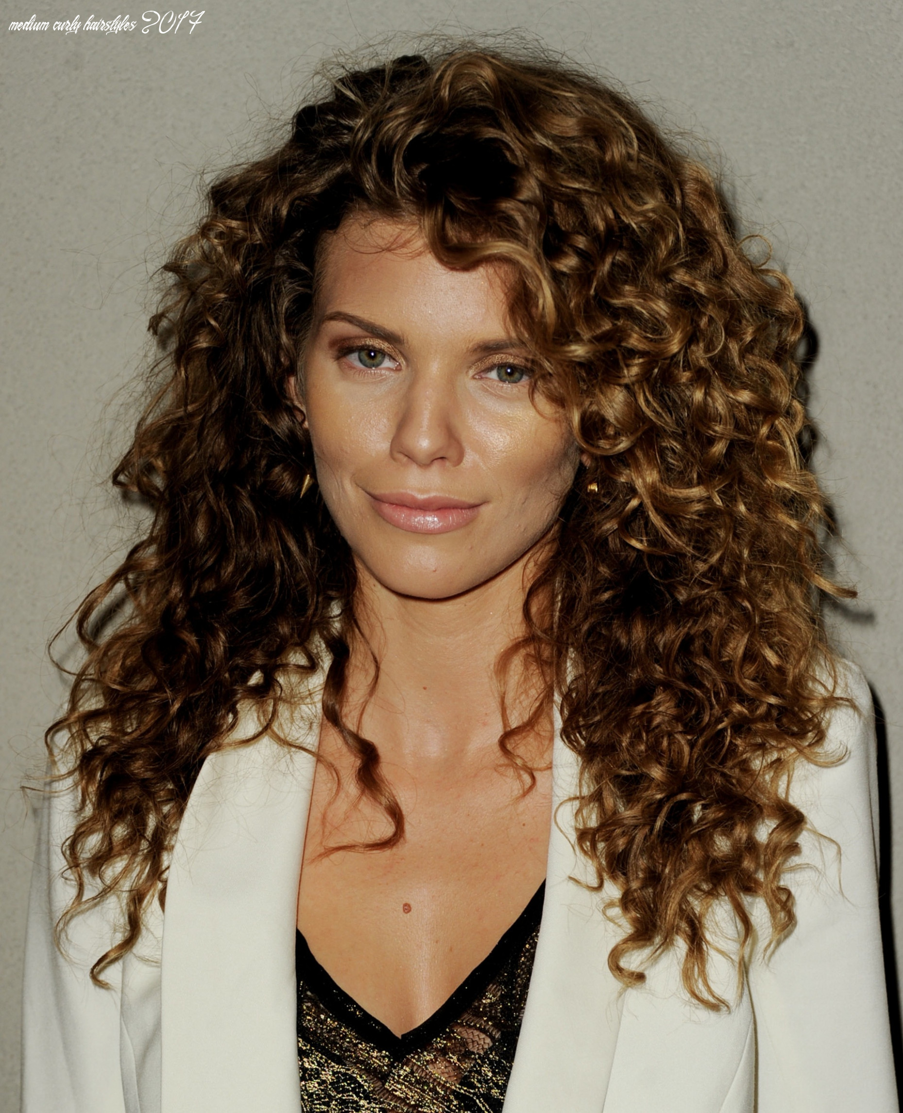 Debora Hair Style 10: Haircuts For Naturally Curly Hair