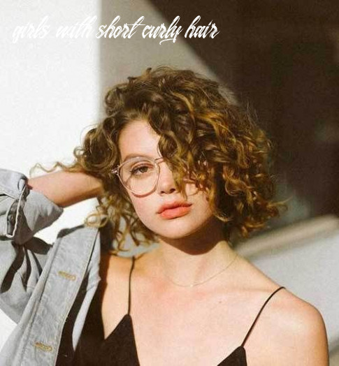 Effective styles for short curly hair | short curly haircuts