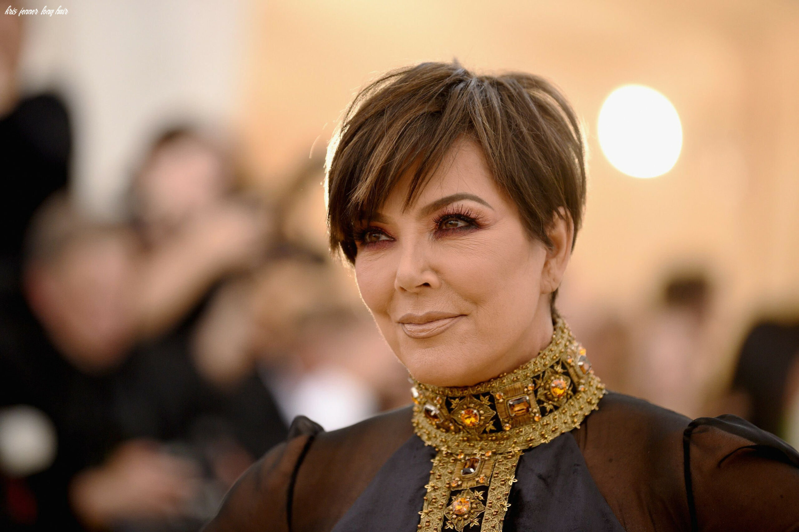 Kris jenner got a hair transformation and her textured lob is a