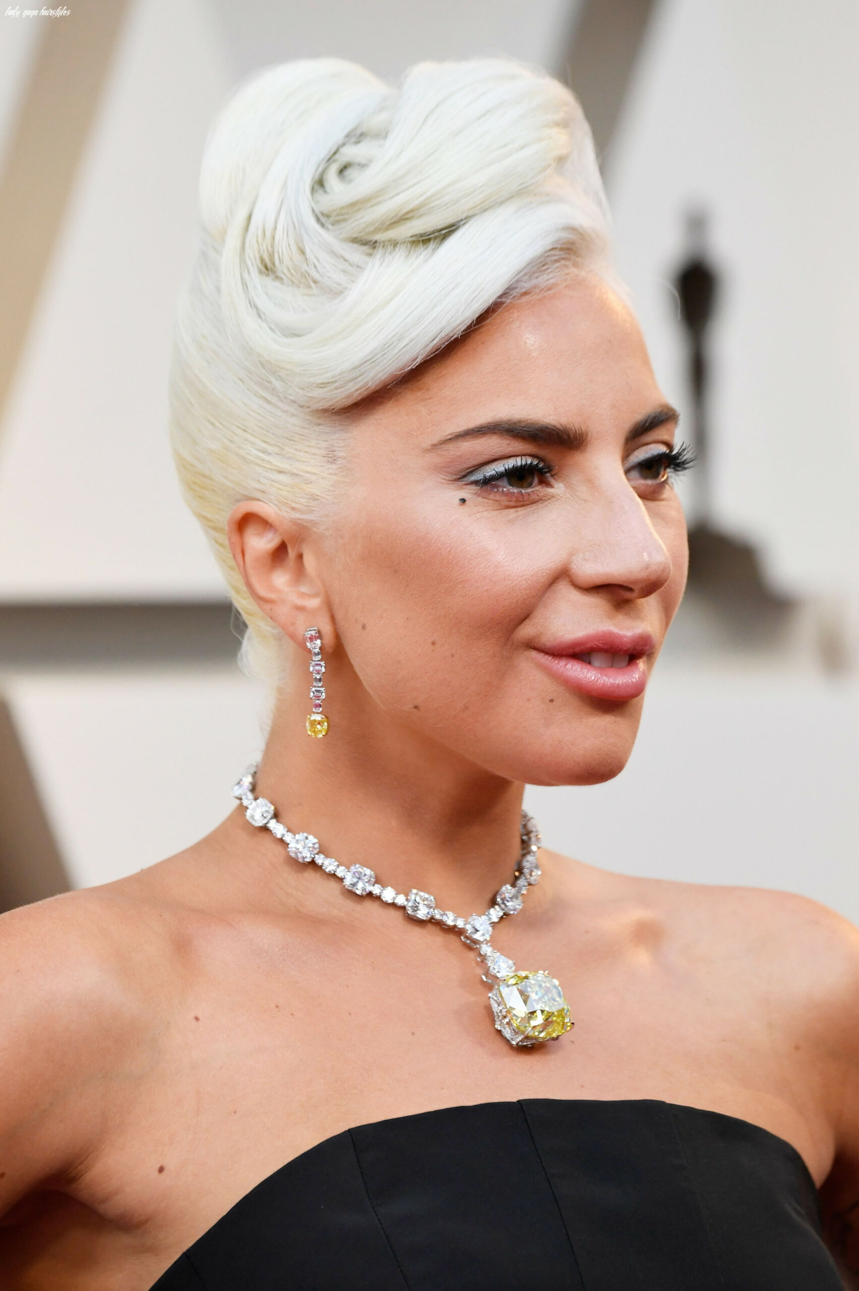 Lady Gaga's Best and Most Outrageous Hairstyles — Lady Gaga Hair