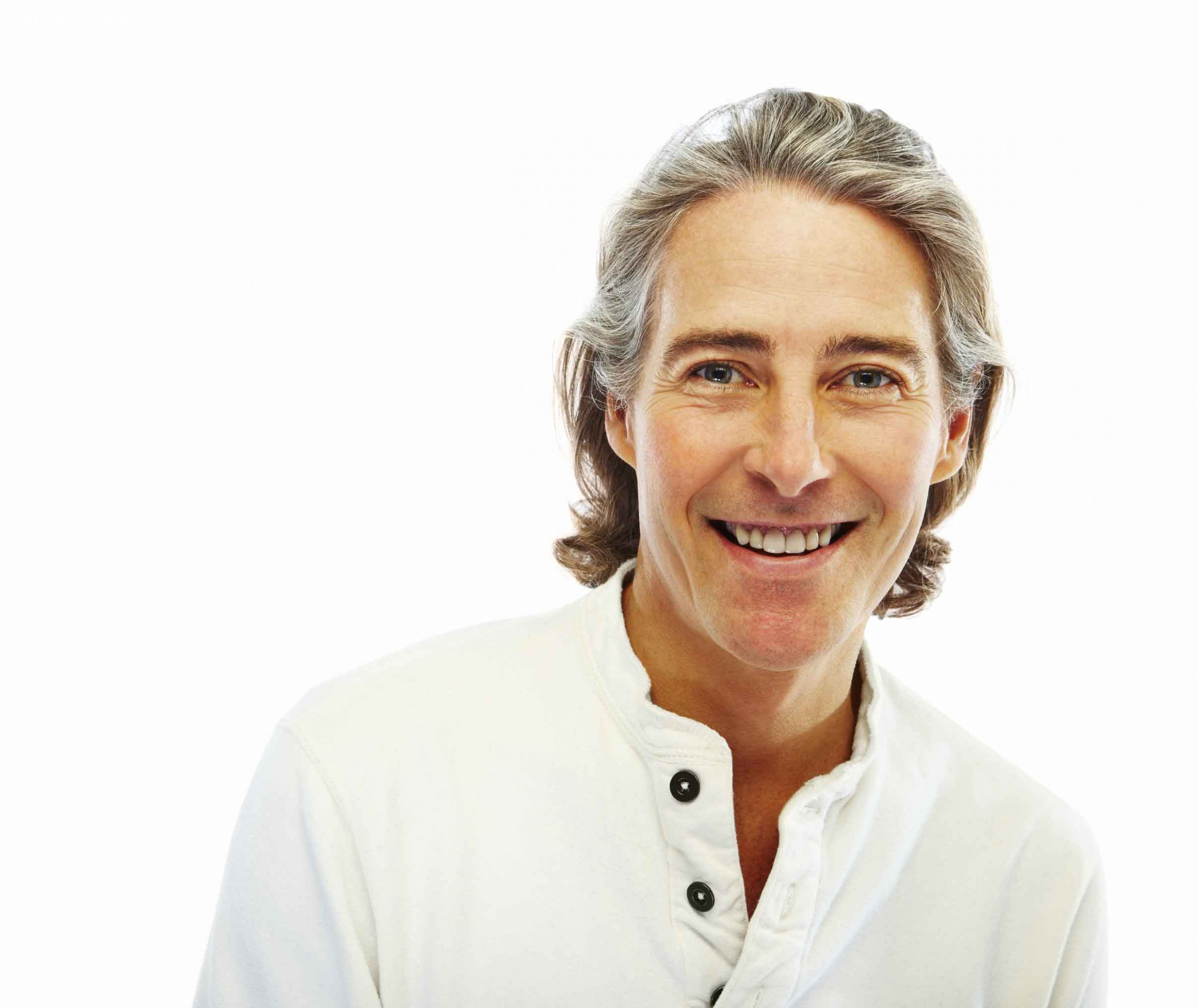 Long hairstyle ideas for older men: all the inspiration you older mens long hairstyles